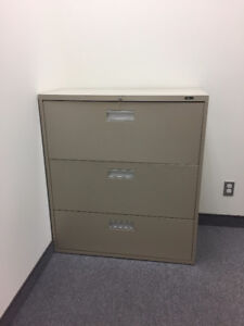 Lateral File Cabinet, 3-Drawer, Sand