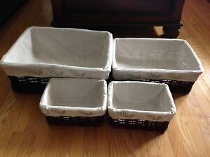 Set of 4 decorative baskets