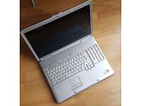 """Dell Inspiron 1720 PP22X 17"""" Laptop Core 2 Duo 1.86GHz 2GB Ram"""
