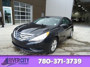2013 Hyundai Sonata GL Heated Seats,  Bluetooth,  A/C,