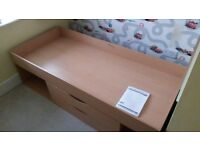 Shorty cabin bed with storage