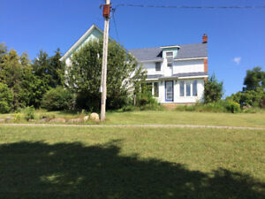 Large country home for rent near uxbridge