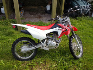 2014 CRF125F Dirt Bike