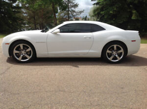 2011 Chevrolet Camaro RS Coupe (2 door)