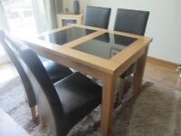 LIGHT OAK EXTENDING DINING TABLE AND CHAIRS AS NEW