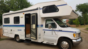 1995 FORD VANGUARD 24FT EXCELLENT CONDITION