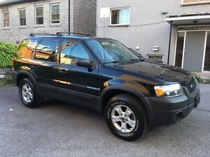 2006 Ford Escape - Mint - 4x4