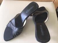 Carvela kitten heels - size 6