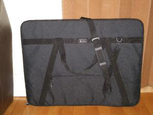 Portfolio noir nylon durable, marque Dionite