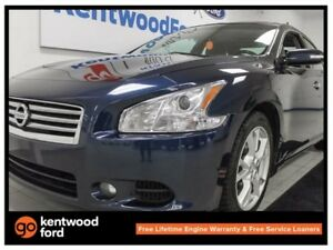 2014 Nissan Maxima SV- NAV. back up cam, dual panel sunroof, hea