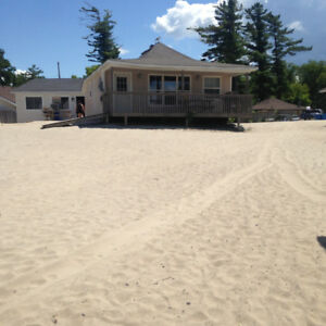 WASAGA COTTAGE RENTALS BEACHFRONT PROPERTY