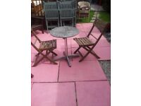 GARDEN TABLE 2 CHAIRS