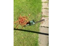 Black and Decker GT150 hedge trimmer