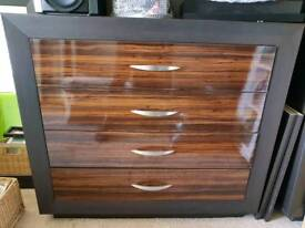 4 drawer large chest of drawers