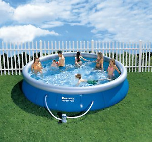 15 foot Diameter pool 3 ft deep