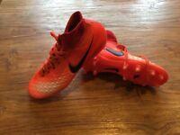 Football icky boots Nike magista obra size 3