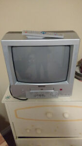 "14"" Colour TV/DVD player"