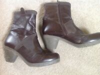 Fly size 7 women's ankle boots. Dark brown leather. Excellent condition