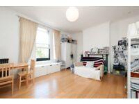 Stoke Newington Church Street, two bed flat, split level, great location