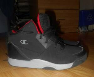 Champion men's BBall shoes - sz 7