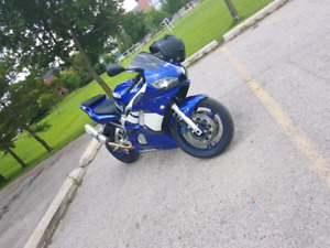 2001 yamaha r6 with 20,000 kms only