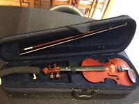 3/4 Violin , bow, shoulder rest and case, Ex con.