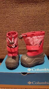 Toddler size 4 winter boots- brand new