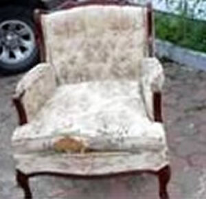 Antique chair frame... needs upholstery / chaise