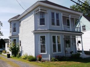 TRI PLEX   44 King St $129,900 MLS# 02822903