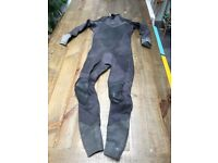Adult Full Wetsuit: O'Neill PSYCHO 5/3. M.