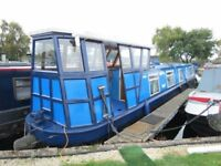 54 ft Narrow boat / Dutch Barge. 5/6 birth. Over 6 kw of electricity from powerful quiet generator.