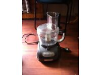 Kitchen Aid Food Processor and extras (missing pusher) Model 5KFPM775BPMO