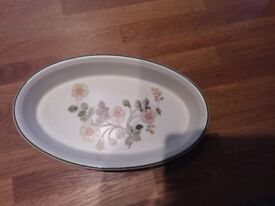 Oval pie dish autumn leaves M & S