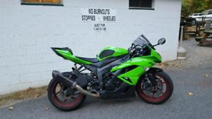 2012 Kawasaki zx6r Mint - Must Go!!
