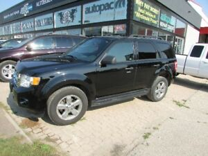 2009 Ford Escape XLT SUV AWD Fully Loaded
