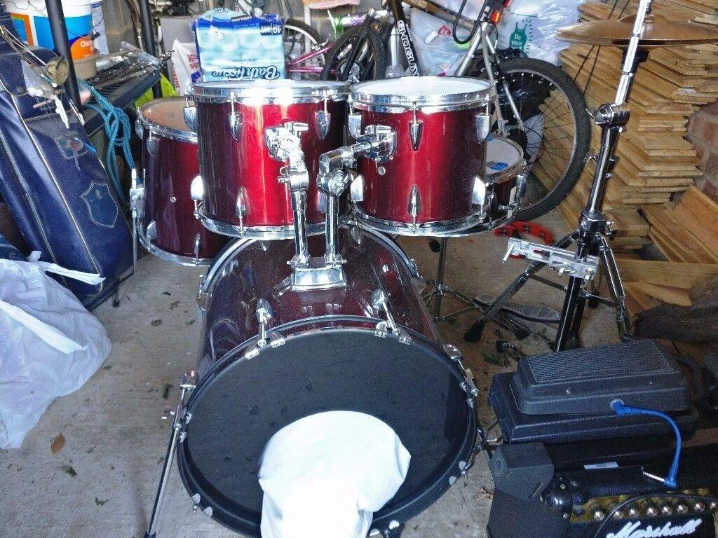 5 piece drum kit for sale kick snare 2 rack toms 1 floor tom crash ride cymbal in. Black Bedroom Furniture Sets. Home Design Ideas