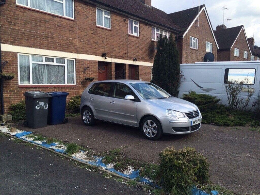 Volkswagen Polo 1.2 5dr. Low Mileage.