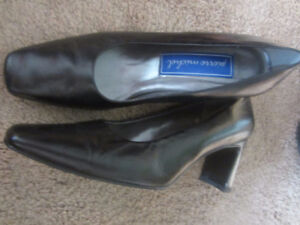 Ladies Black Heeled Shoes
