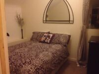 1 double bedroom in cottage