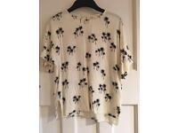 H&M Cream & Black Palm Tree Print T Shirt