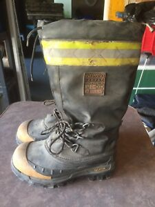 Dakota steel toe winter boots size 7