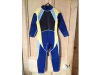 Wetsuit age 7-8 years £10