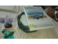 Skylanders figures with stand and game for wii