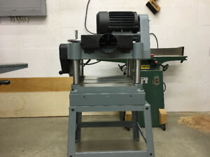 Delta Woodworking Tools - Mint Condition