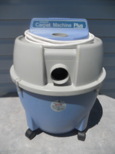 CARPET CLEANER/WET VAC