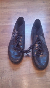 Soulier football adidas comme neuf