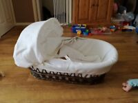 Baby basket cot