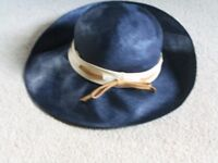 LADIES BLUE WIDE BRIM HAT