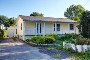 Maison à vendre à St-Zotique au bord de l'eau