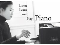 PIANO LESSONS IN CENTRAL LONDON with a highly-qualified piano teacher, concert pianist and academic.